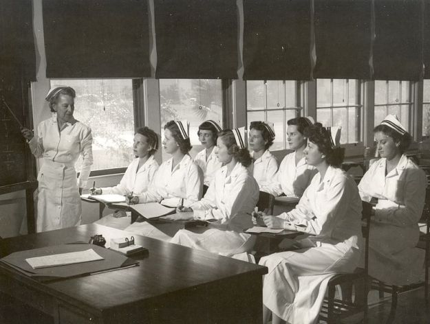 Nursing school of yesteryear (Navy nurses attending class - 1940s)